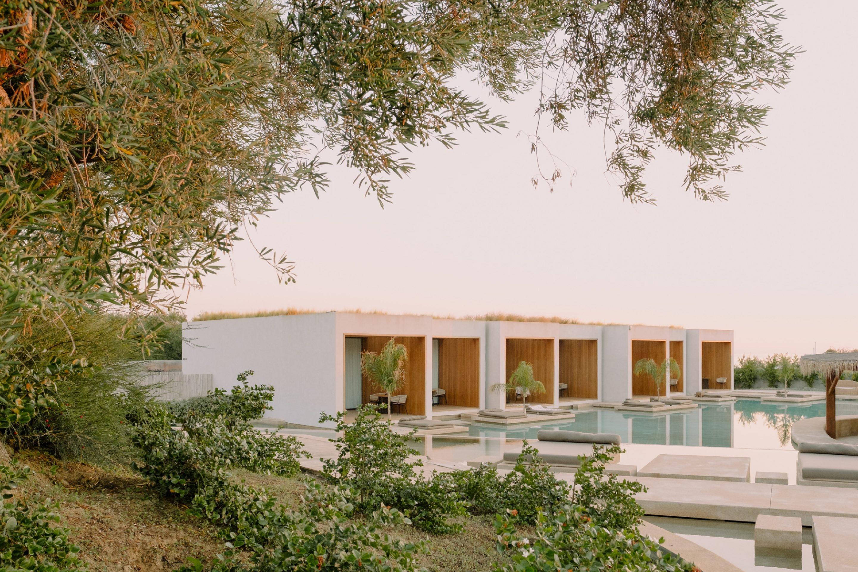 IGNANT-Travel-Olea-All-Suite-hotel-Greece-014