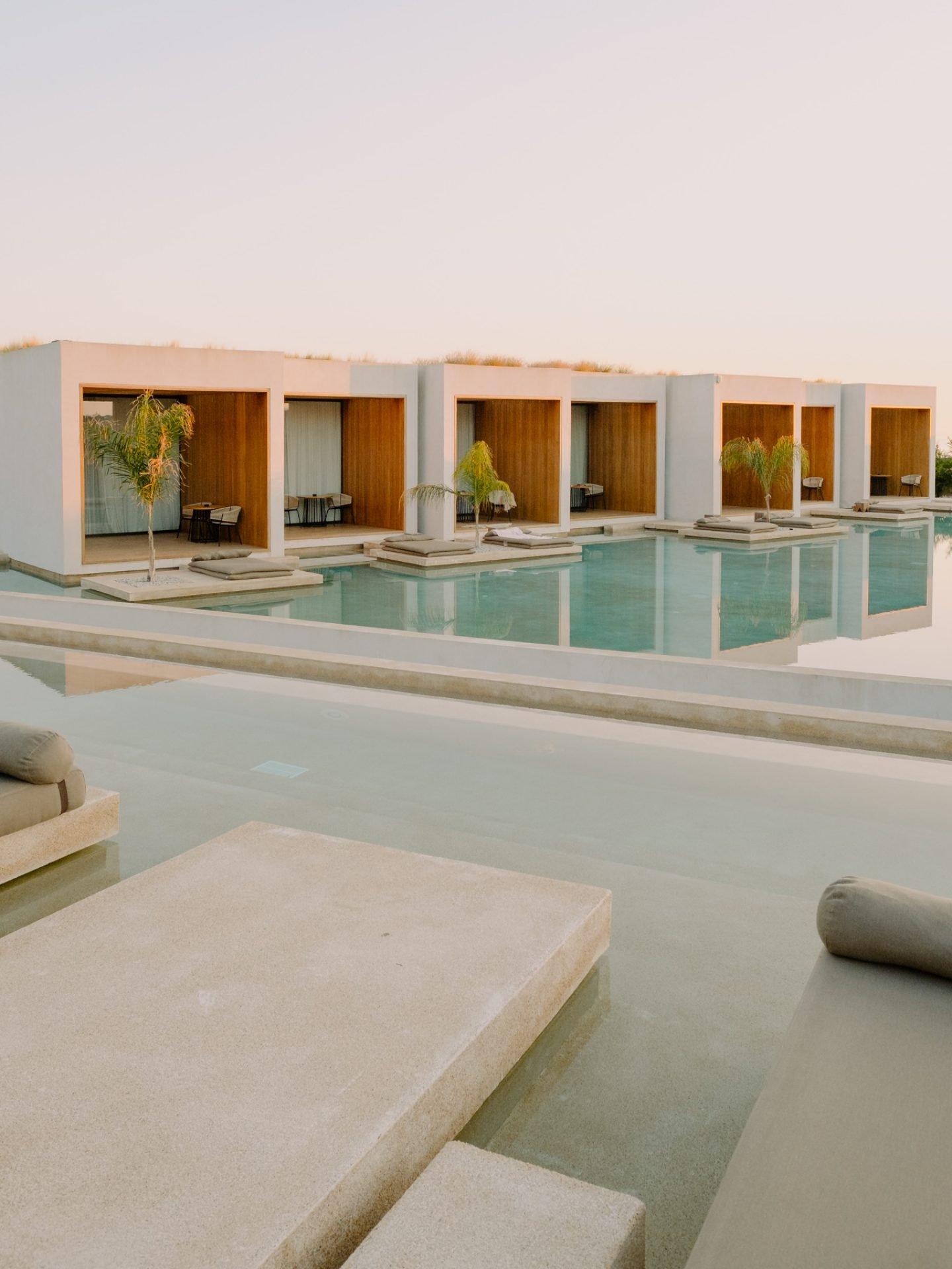 IGNANT-Travel-Olea-All-Suite-hotel-Greece-016