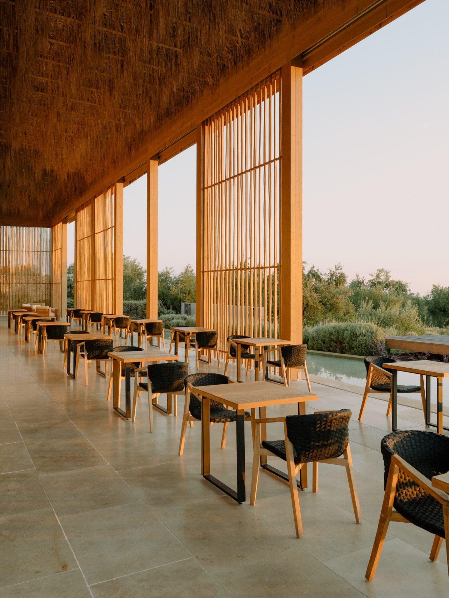 IGNANT-Travel-Olea-All-Suite-hotel-Greece-017
