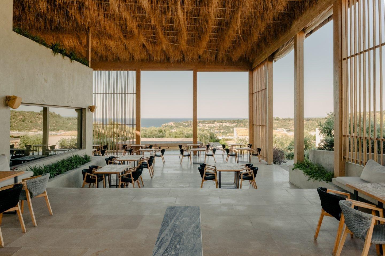 IGNANT-Travel-Olea-All-Suite-hotel-Greece-02