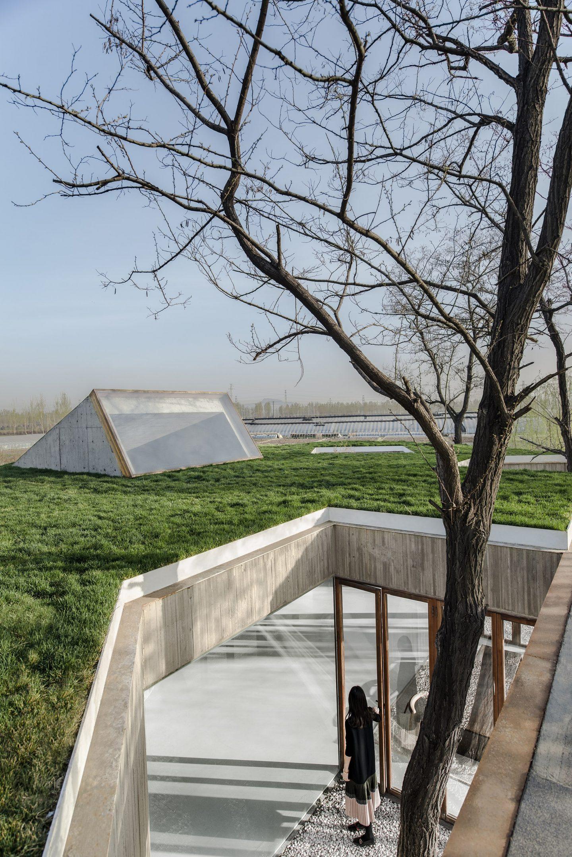 IGNANT-Architecture-Archstudio-Waterside-Buddhist-Shrine-010-min
