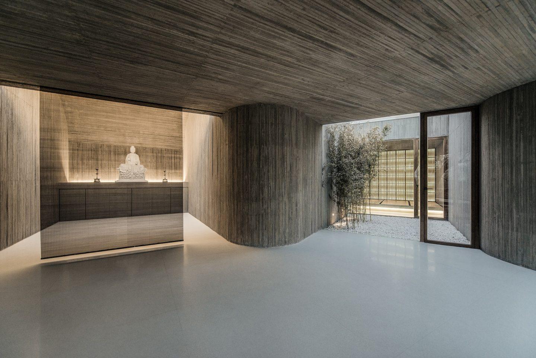 IGNANT-Architecture-Archstudio-Waterside-Buddhist-Shrine-03-min