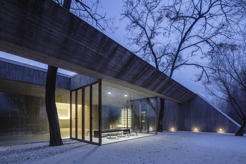 IGNANT-Architecture-Archstudio-Waterside-Buddhist-Shrine-06-min