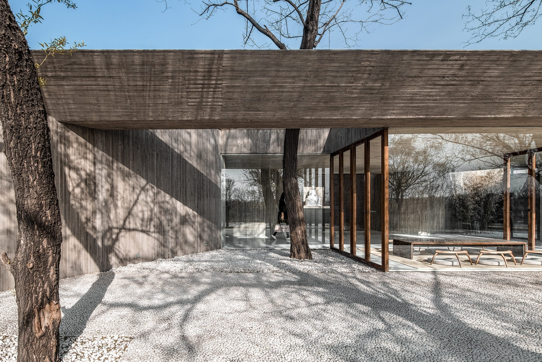 IGNANT-Architecture-Archstudio-Waterside-Buddhist-Shrine-08-min