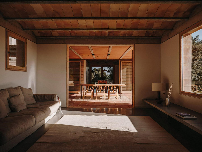 IGNANT-architecture-CasaTer-SalvaLopez-23