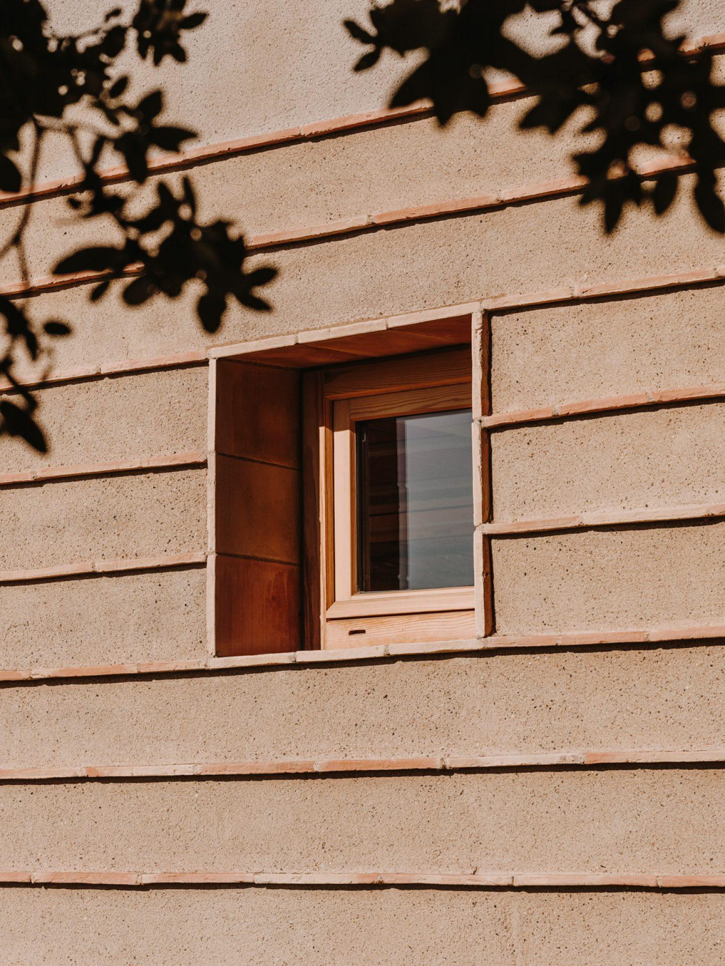 IGNANT-architecture-CasaTer-SalvaLopez-7
