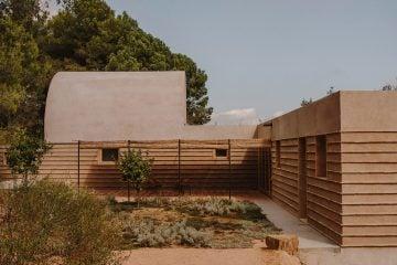 IGNANT-architecture-CasaTer-SalvaLopez-9