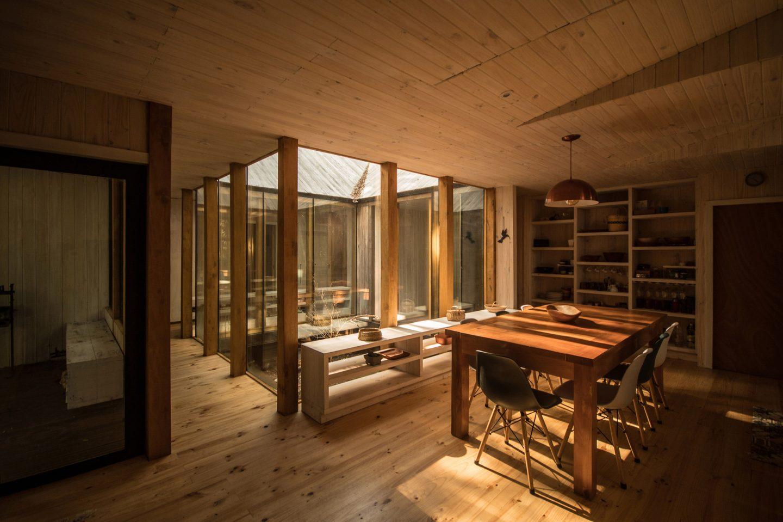 IGNANT-Architecture-SAAArquitecturaoTerritorio-RefugioImpluvio-8