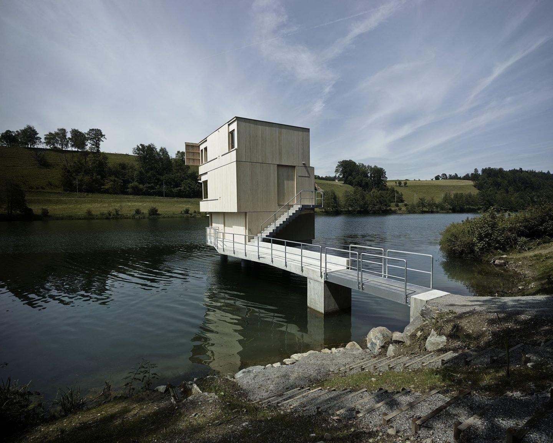 IGNANT-Architecture-TowerRotseeLake-1