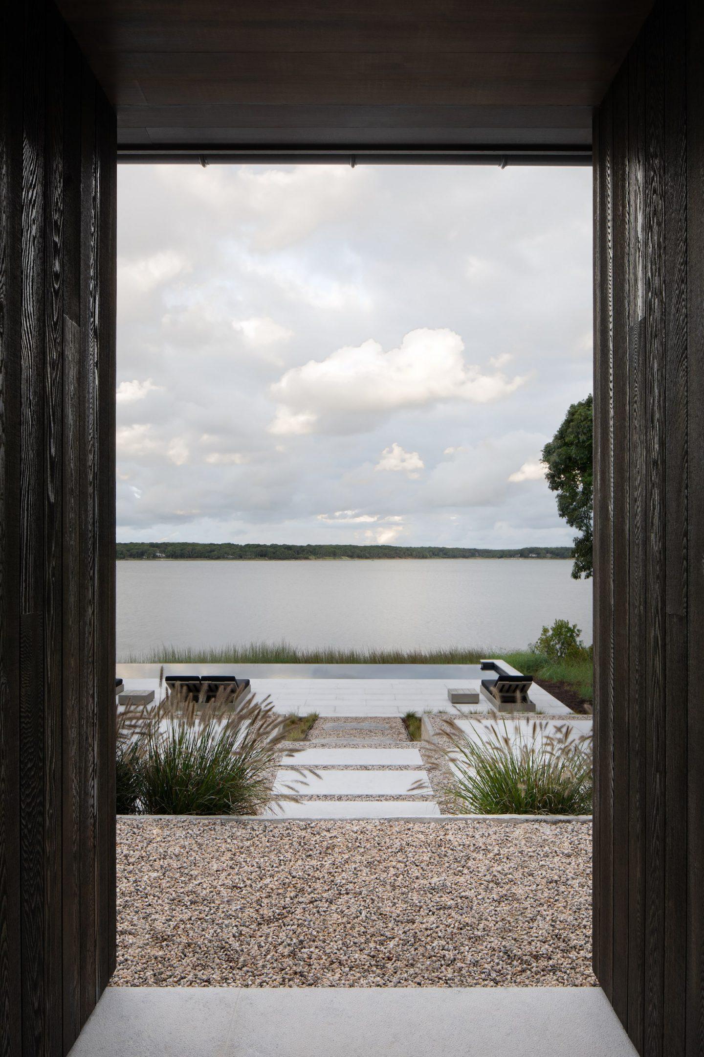 IGNANT-Architecture-Adam-Jordan-Shagwong-Residence-Eric-Petschek-019-min