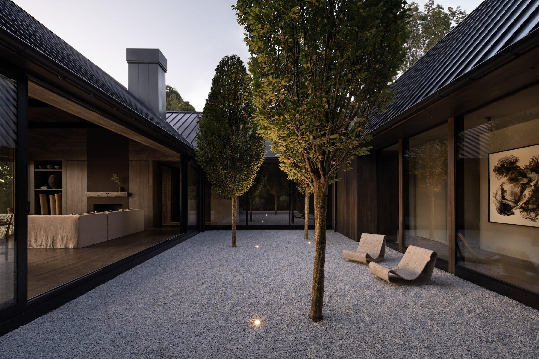 IGNANT-Architecture-Adam-Jordan-Shagwong-Residence-Eric-Petschek-08-min