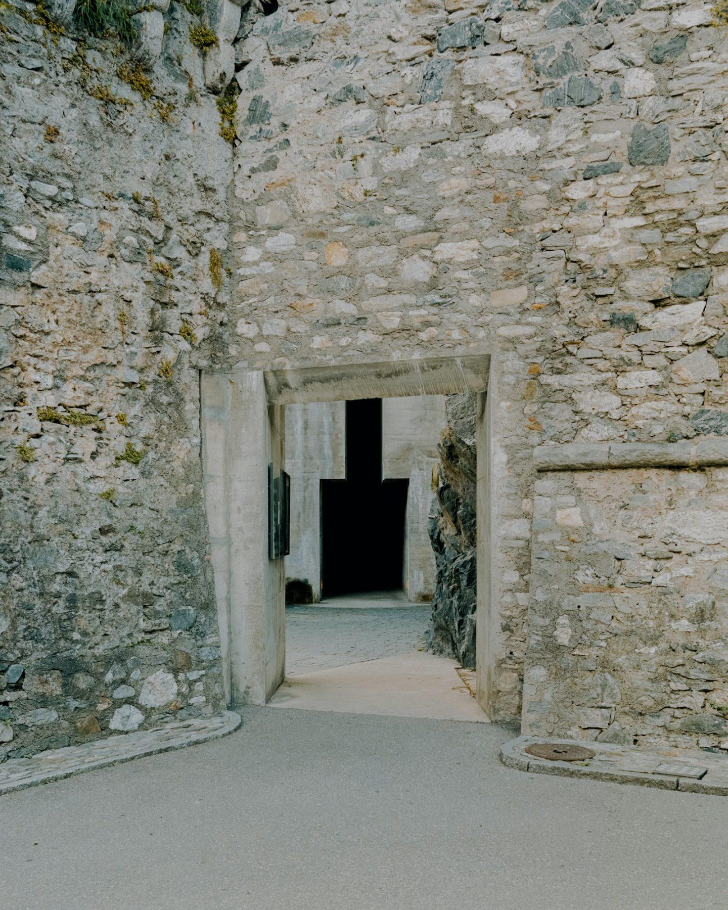 IGNANT-Architecture-Castelgrande-Simone-Bossi-06
