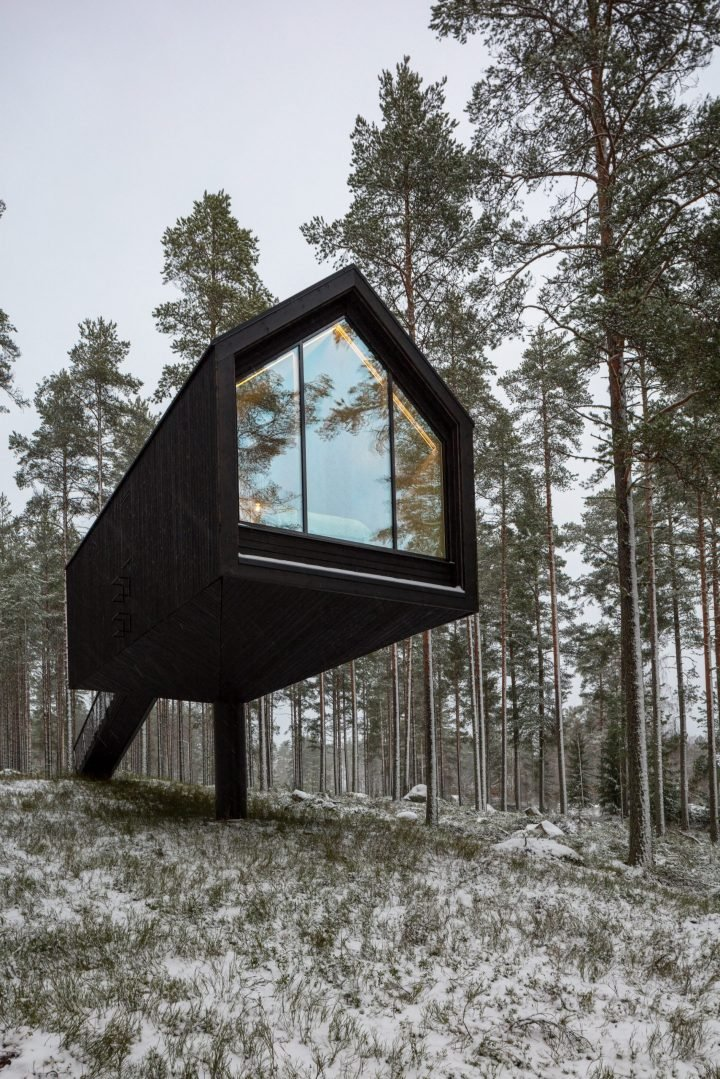 In A Forest In Finland, Studio Puisto Designs Niliaitta As A Secluded Cabin Retreat