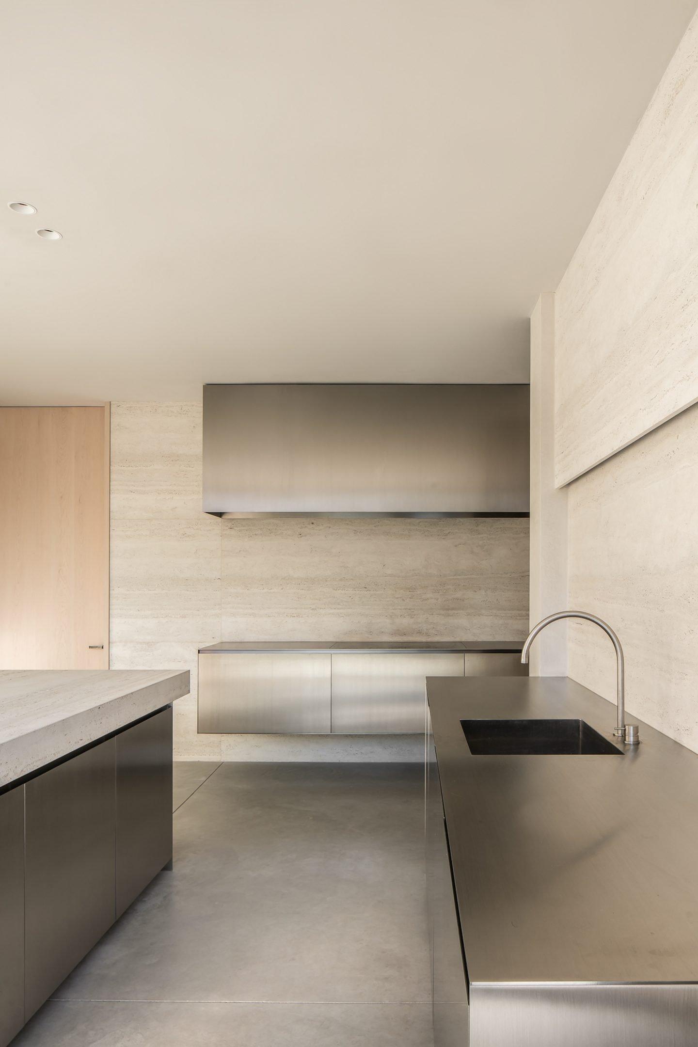 IGNANT-Design-Marie-Stadsbader-Diapal-01