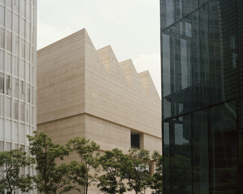 IGNANT-Travel-Museo-Jumex-Rory-Gardiner-02