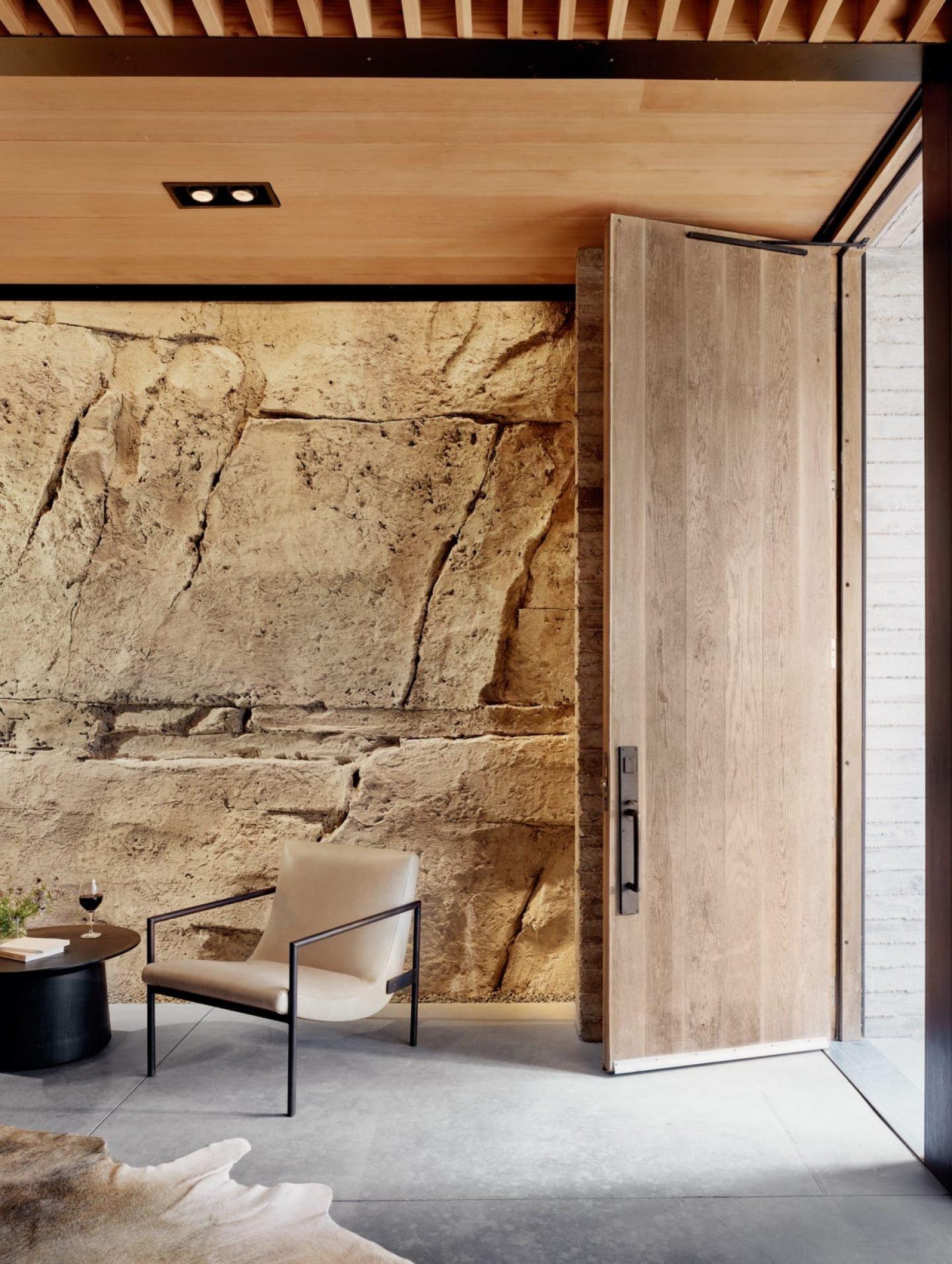 IGNANT-Architecture-Texas-Hill-wine-cave-05