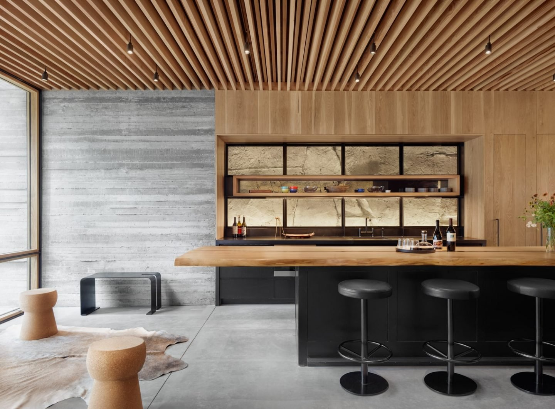 IGNANT-Architecture-Texas-Hill-wine-cave-07