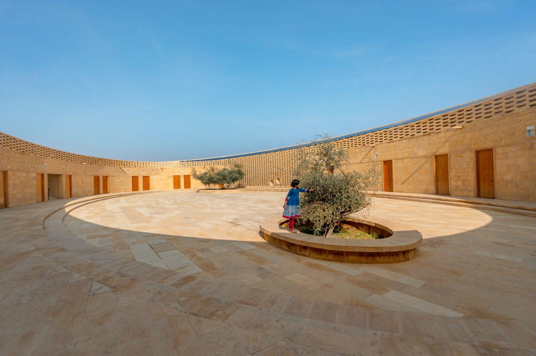 IGNANT-Architecture-Diana-Kellogg-Rajkumari-Ratnavati-School-04