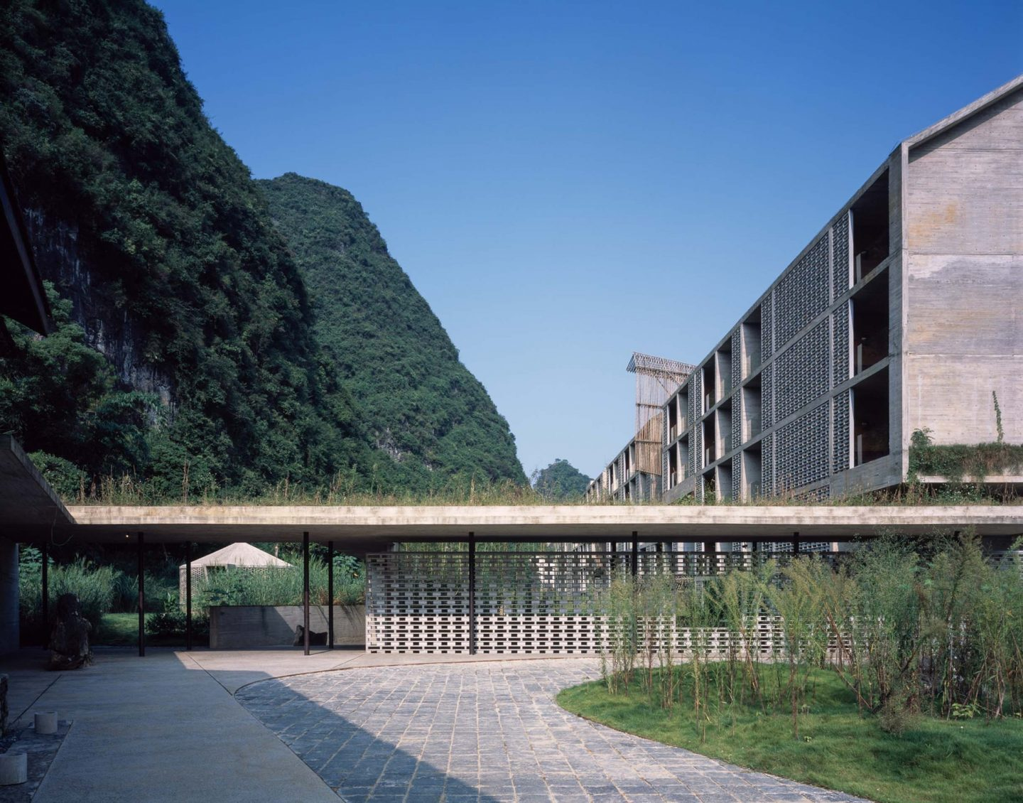 IGNANT-Architecture-AlilaYangshuo-16
