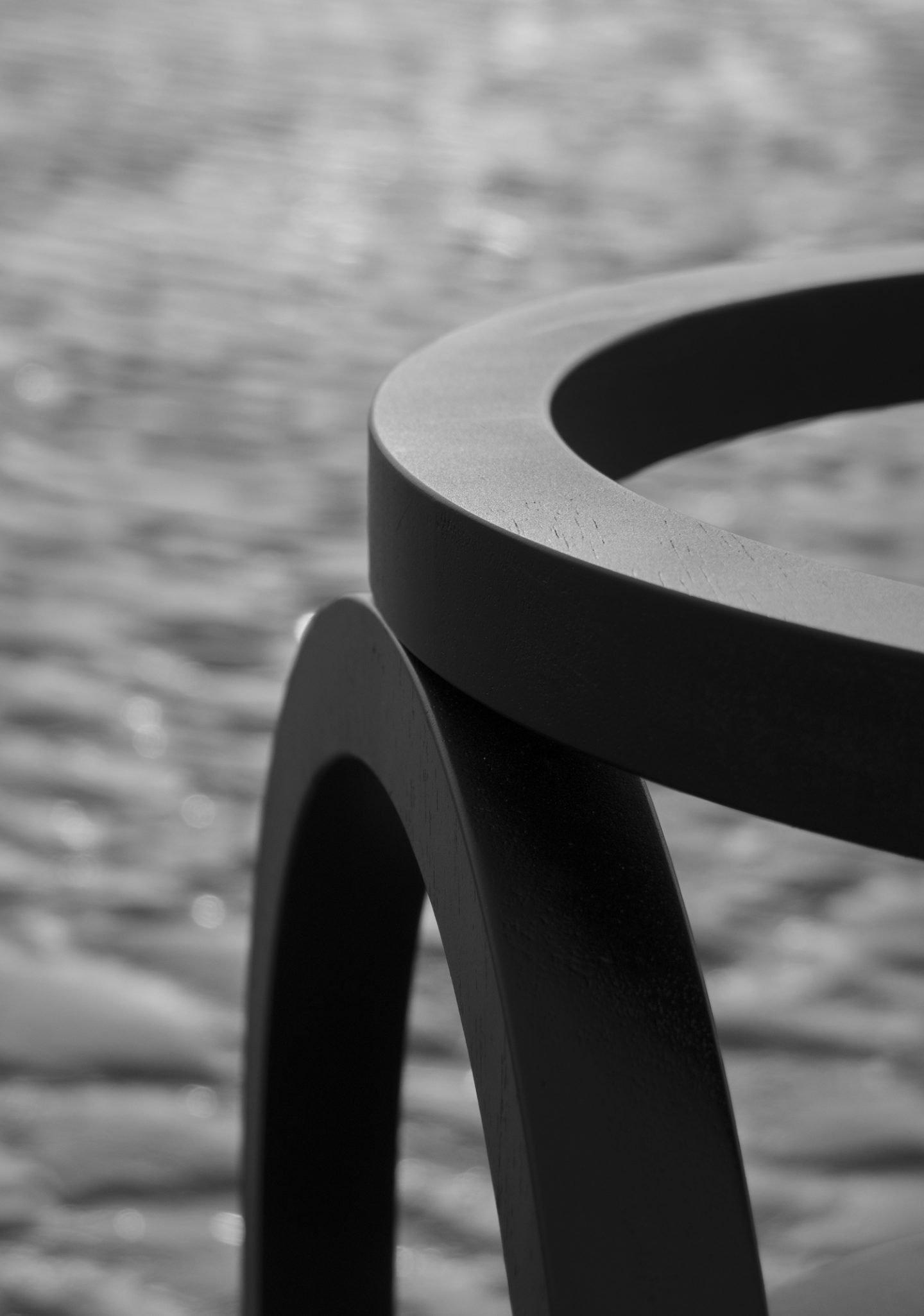 IGNANT-Design-Finder-Arch-Chair-011