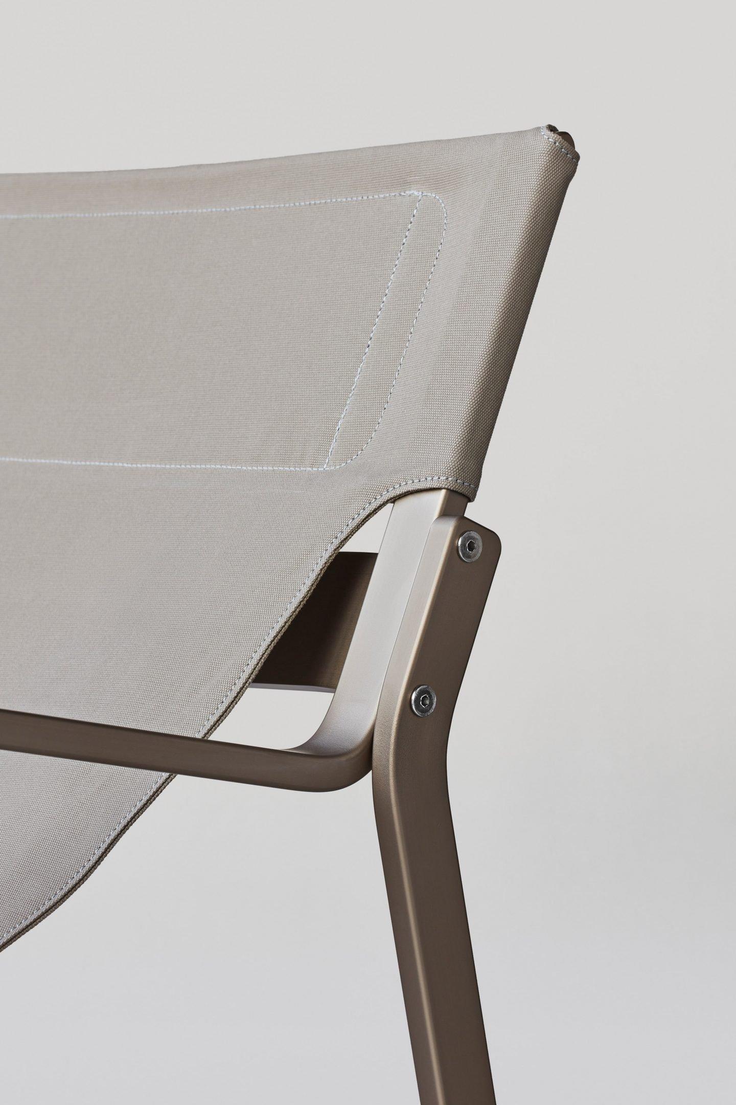 IGNANT-Design-Furniture-EnsoChair-3