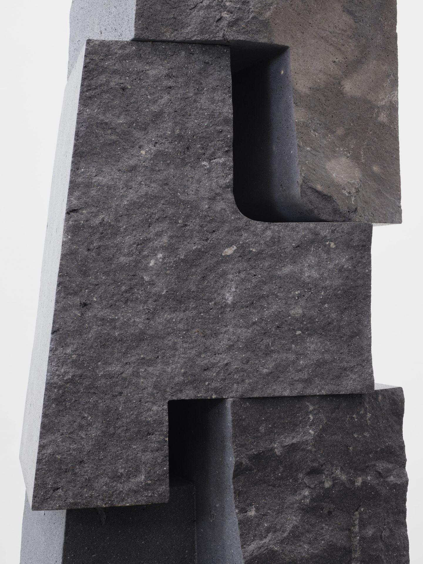 IGNANT-ART-Sculpture-Reyes-02