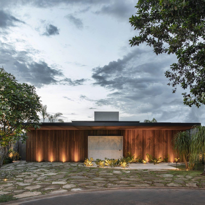 IGNANT-Architecture-MF-Arquitetos-Casa-Q04L63-01-min